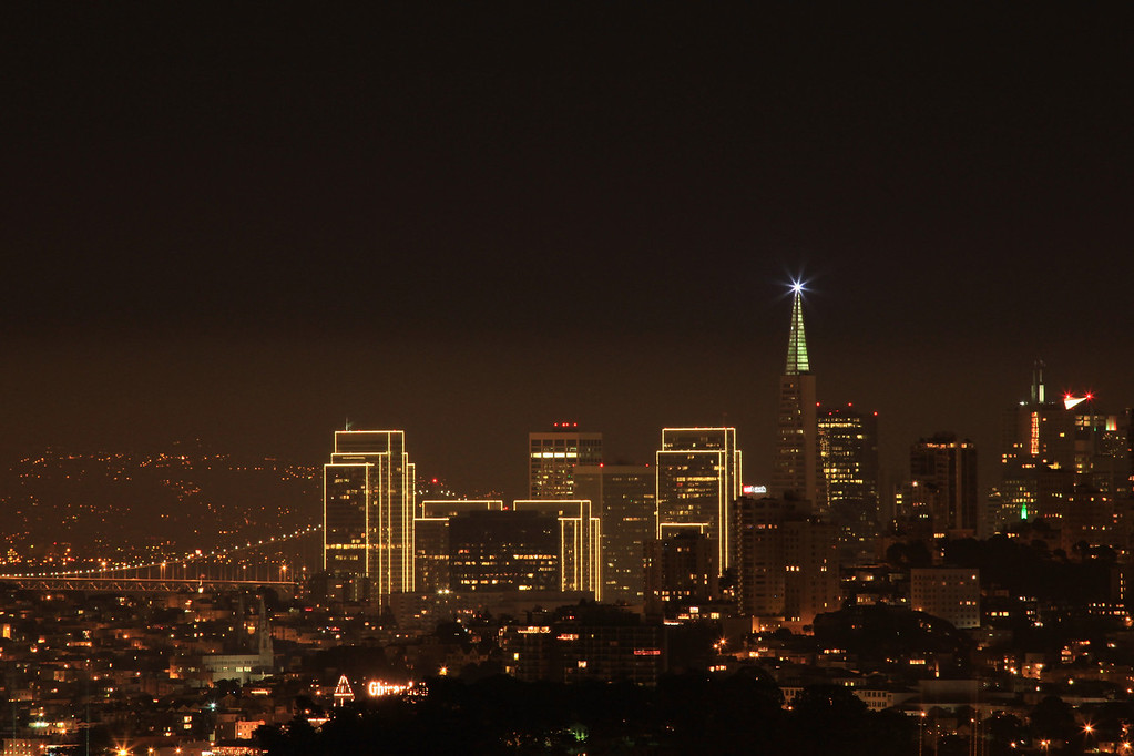 """CALIFORNIA 3847<br /> <br /> """"Christmas Eve in the Golden City""""<br /> <br /> Christmas Eve 2009 in San Francisco"""