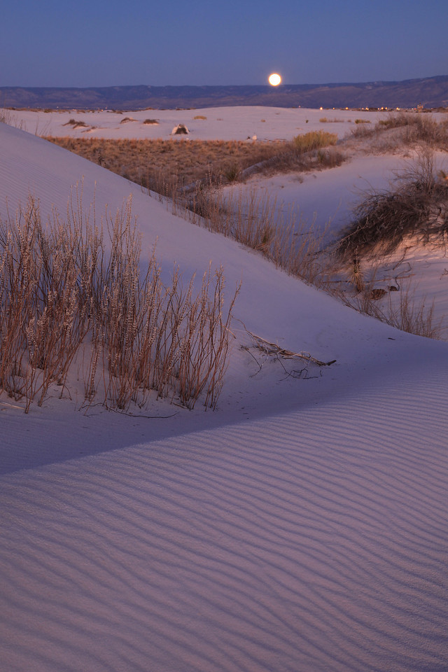 "NEW MEXICO 4848<br /> <br /> ""New Year's Eve moonrise at White Sands""<br /> <br /> White Sands National Monument"