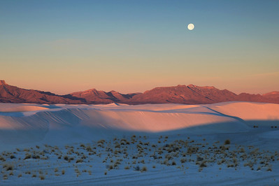 "NEW MEXICO 4974  ""Sunrise Moon, New Year's Day""  White Sands National Monument"