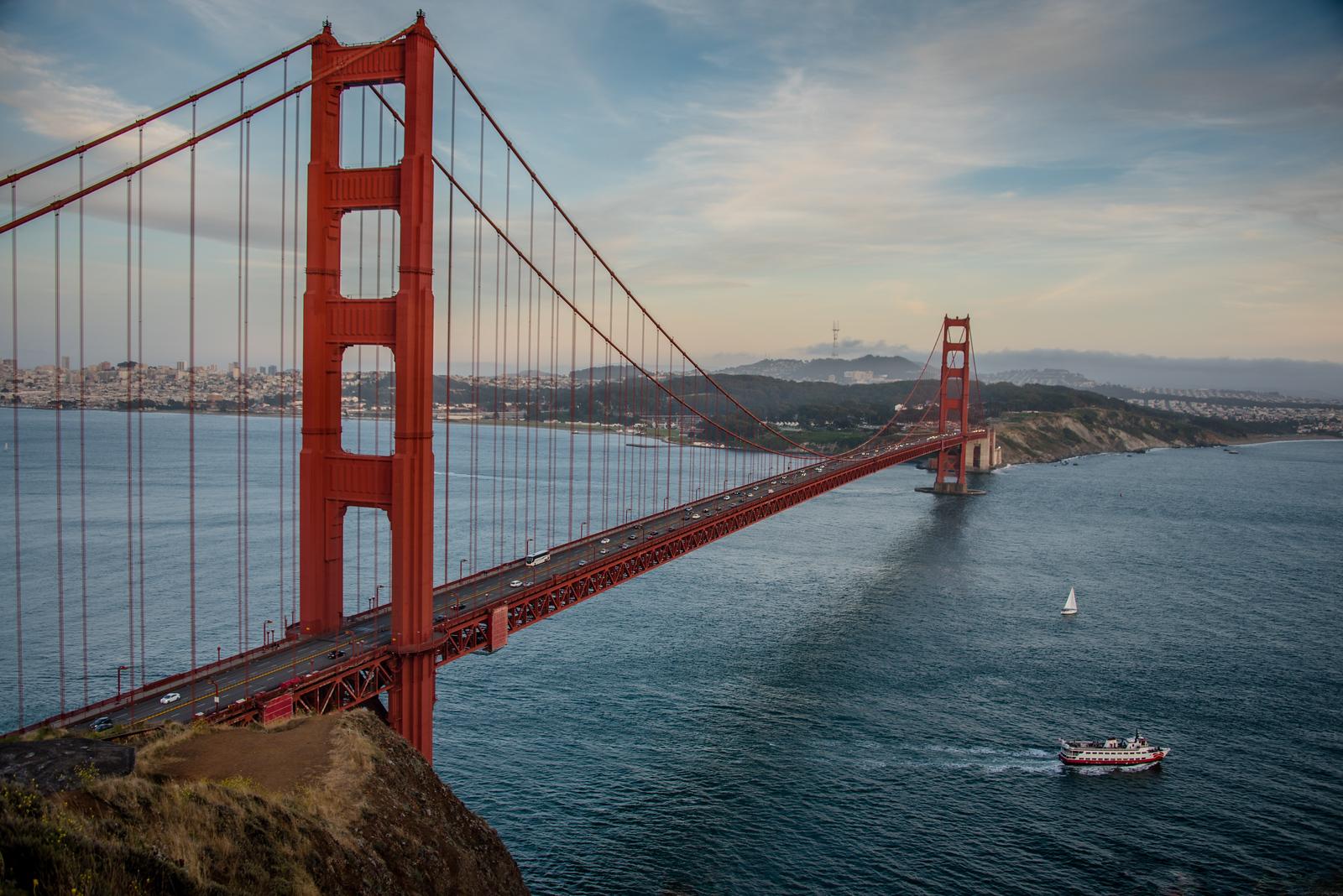 Golden Gate Bridge from Battery Spencer, Marin Headlands, California, June 2017.