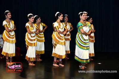 Bhavayami-Gobalam-06-08-17-puthinamphotos (28)