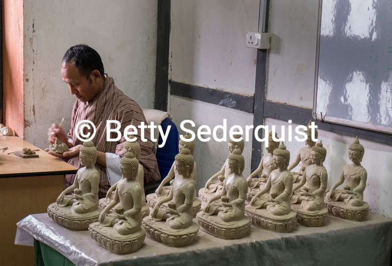 Clay Sculptor, National School of Arts and Crafts, Thimphu