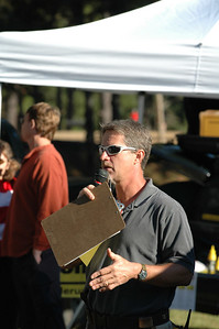 Nearing start time, Gone Riding's Dave Berger goes over the rules and course for the Yellow Wave.