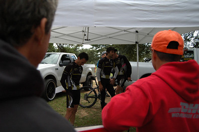 Free EnduranceFactor Bike Handling Skills clinic is underway.