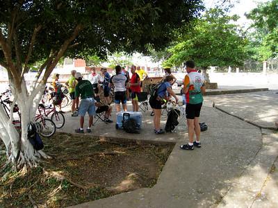 Mexico7 Bike to Uxmal 11:27:07 2