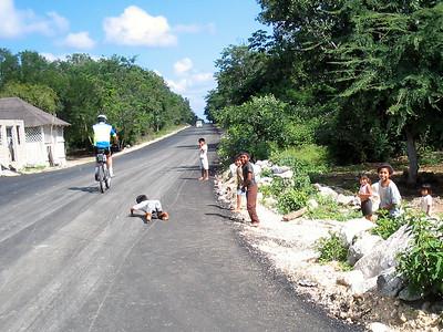 Mexico Bike to Cobá:Cenote 11:30:07 17