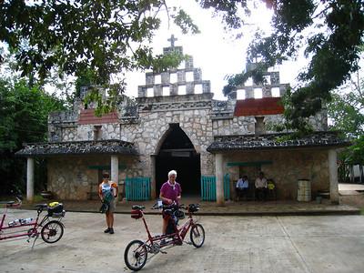 Mexico Bike to Cobá:Cenote 11:30:07 1