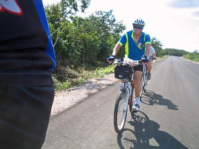 Mexico Bike to Cobá:Cenote 11:30:07 18