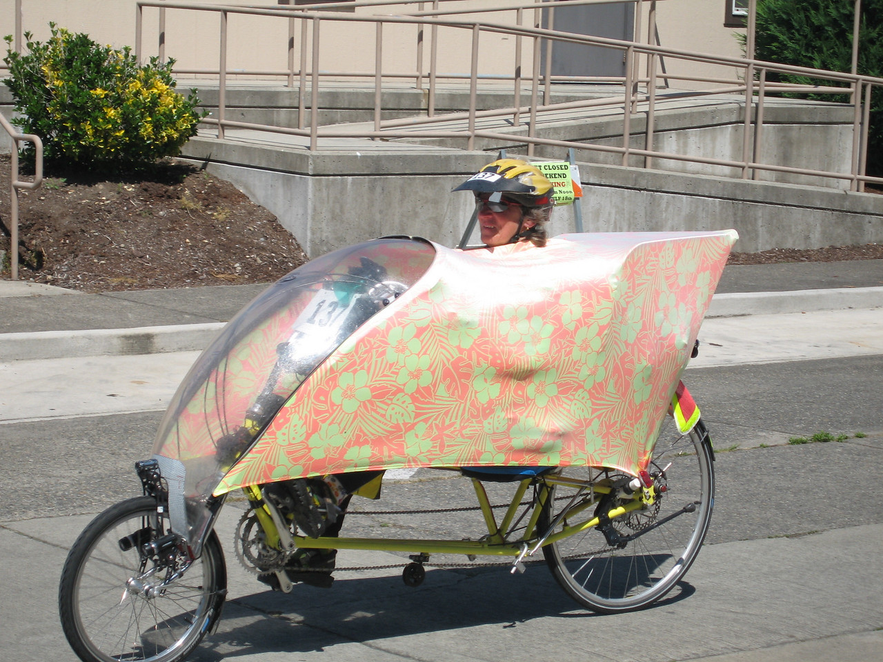 Bicycle hippie-nerdage.