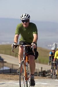 Mystery Rivendell rider summits Seirra Road.