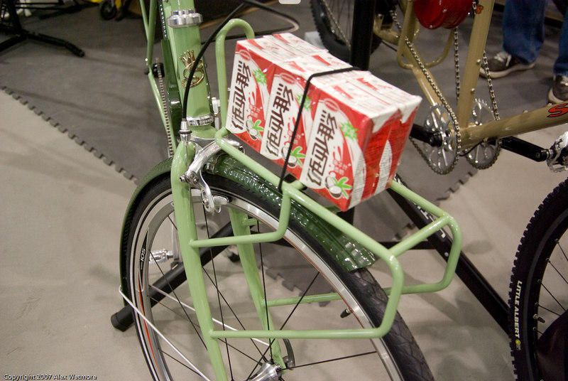 Closeup of the front rack.