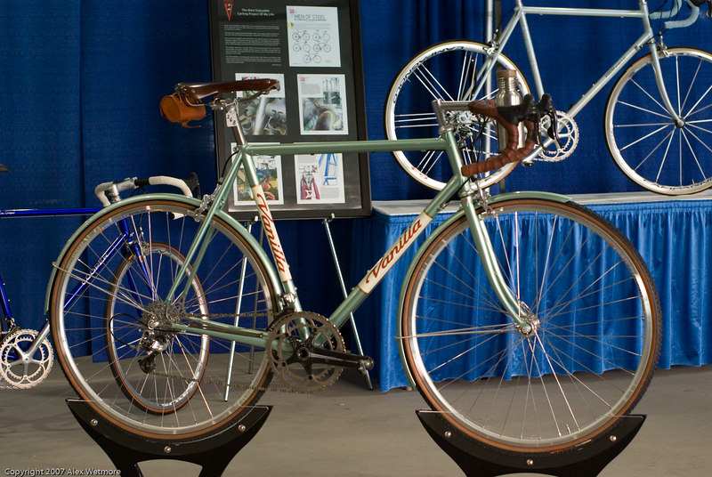 A very nice Vanilla road bike.