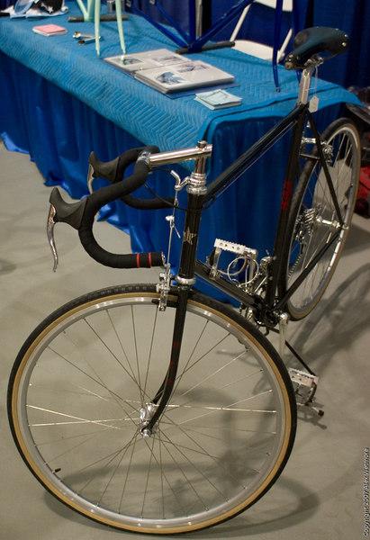 Road bike with Paul centerpull brakes