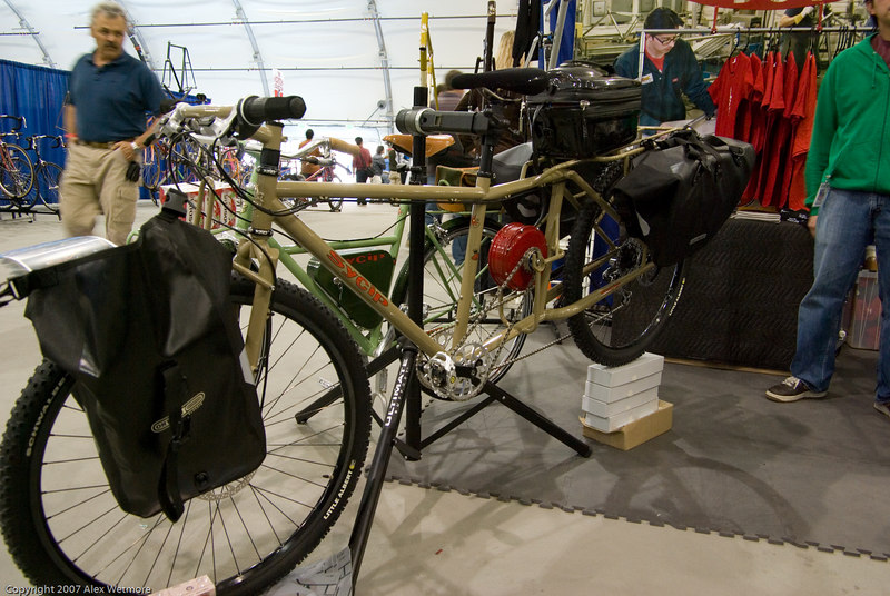 Sycip LWB cargo bike with integrated stokemonkey electric motor