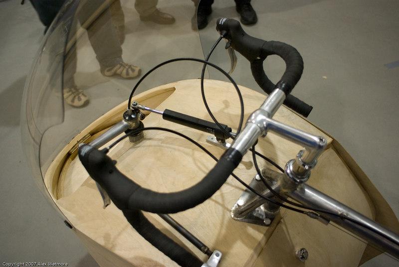Adjustable steering damper that can be adjusted based on load.