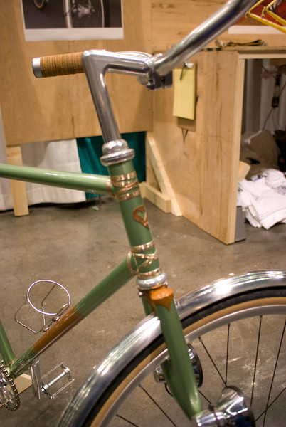 Tied and soldered fixed gear