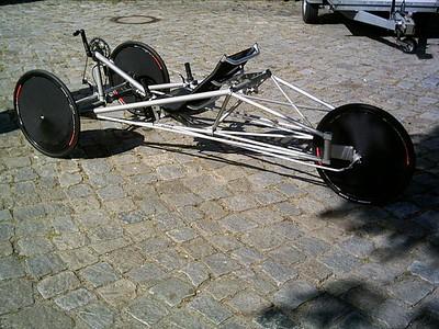German rear steering FWD trike