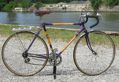 1969  Holdsworth s/n 69094	54/56 Campagnolo	All original, except rack (removed). Minimum bid $500 Value: priceless (note the pump pegs)!  Includes all benefits of any Ohio City Bicycle Co-op bike-purchase ($60 value).