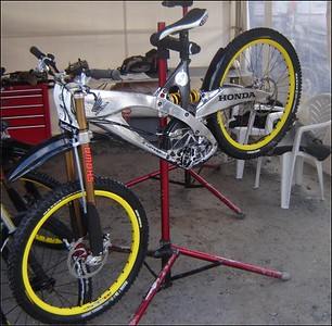 Honda Downhill bicycle
