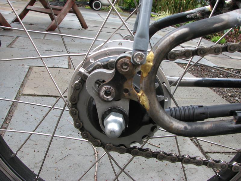 Bike Friday pivoting dropout