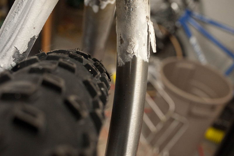 End result tire clearance.  A little tighter than I dreamed off, but 5-6mm on each side is still okay.