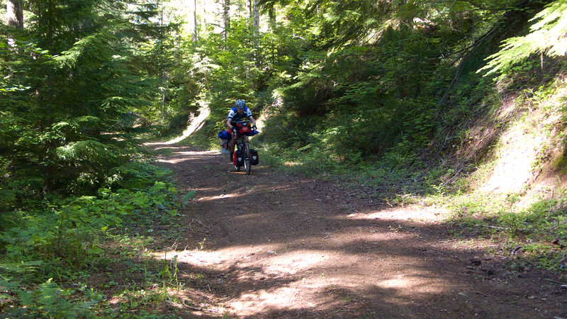 Larry descends the unnamed trail to Boulder Creek
