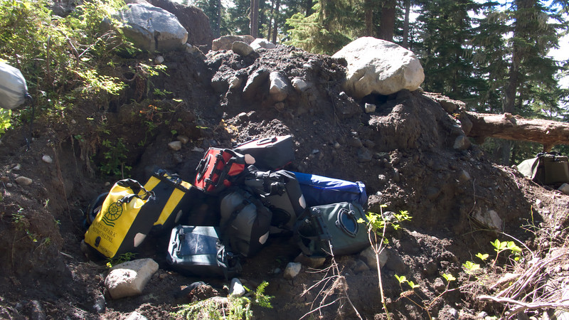 Cache point for panniers on the portage
