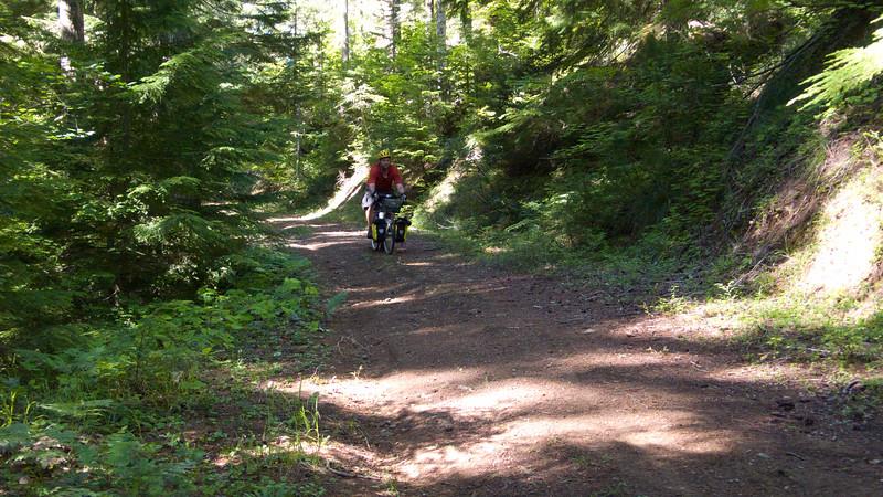 John descends the unnamed trail to Boulder Creek