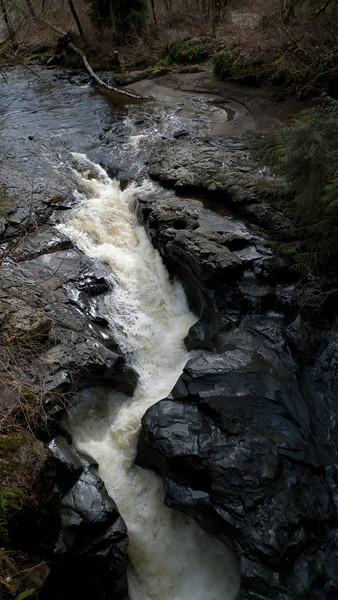 Neat waterfall.