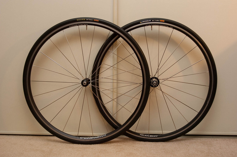 Campagnolo Nucleon.<br /> <br /> Low mileage and in excellent condition.  I think the bearings probably got repacked an average of once every 500 miles.