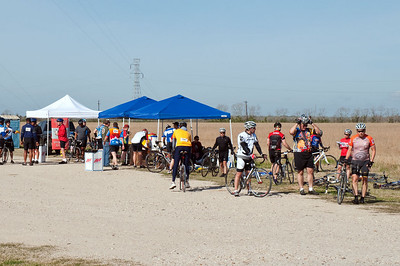 We had pretty much a continuous stream of riders stopping at RS4 from about 10:00am thru 1:30 when the last rider stopped by.