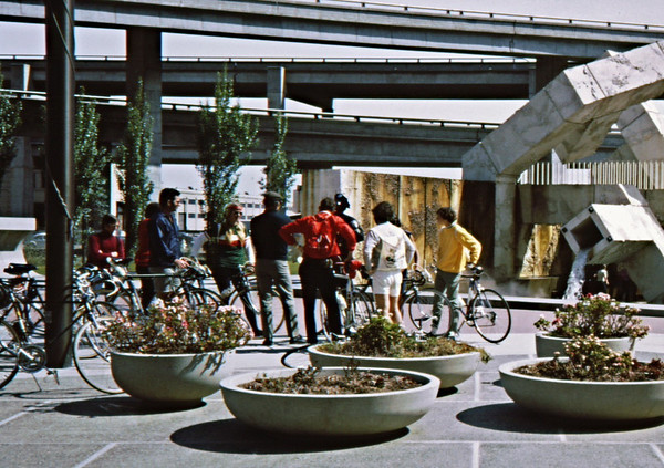 3*Sun, Apr 9, 1972<br /> People: 8 cyclists<br /> Subject: <br /> Place: Embarcadero, San Francisco<br /> Activity: bike<br /> Comments: Pete Jansen/, Charlie Larribeau?; got ride date from GPP Newsletter March 1972