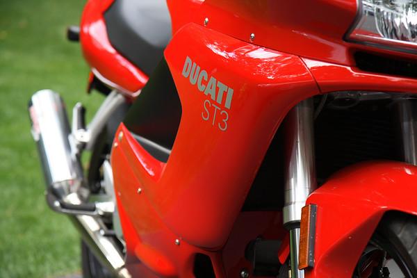Ed Fox's Ducati ST3