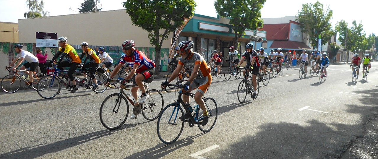 some of the riders who started near the back, including one of the tandems.