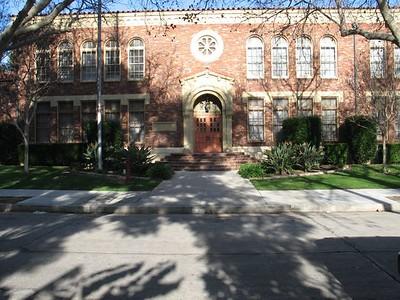 Doris Place Elementary