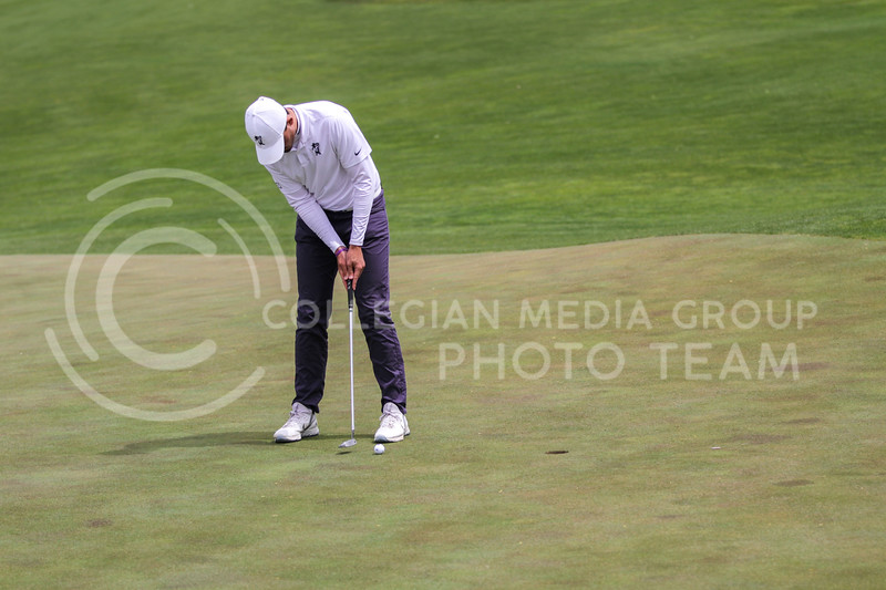 Will Hopkins looks to hit the ball during the first round of the Big 12 Golf Championship at Prairie Dunes Country Club on April 26, 2021. (Sophie Osborn   Collegian Media Group)