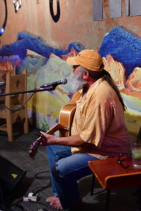 05312017_Terlingua_Starlight_Theater_Singer_500_0802