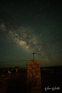 20180618_Terlingua_Ghost_Town_Cemetery_Milky_Way_Blk-Cross_750_7409