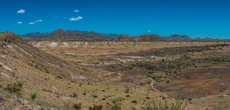 The badlands around Terlingua