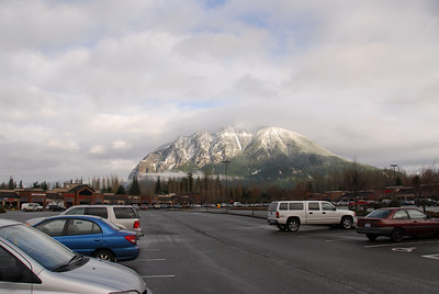 Nice scenery outside the North Bend Outlet Mall.