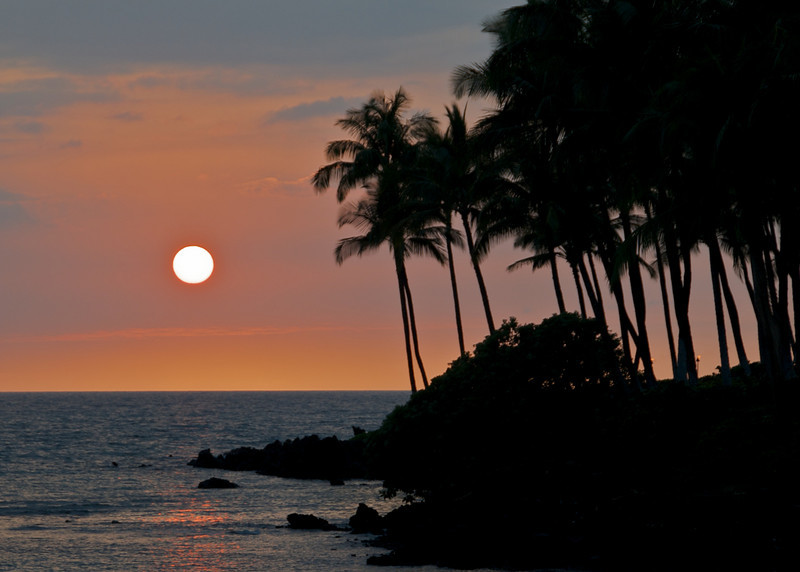 Sunset over Waiulua Bay (Photo credit: Jerry Leggett, ©2010, All rights reserved)
