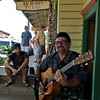 Jerry performs on a Sunday afternoon in Hawi town (Photo credit: Patsy Ferrell, ©2009, All rights reserved)