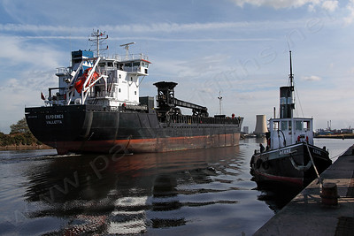 The Clydenes moving up the Ship Canal passing the 1913 Steam Tug Kerne on the right