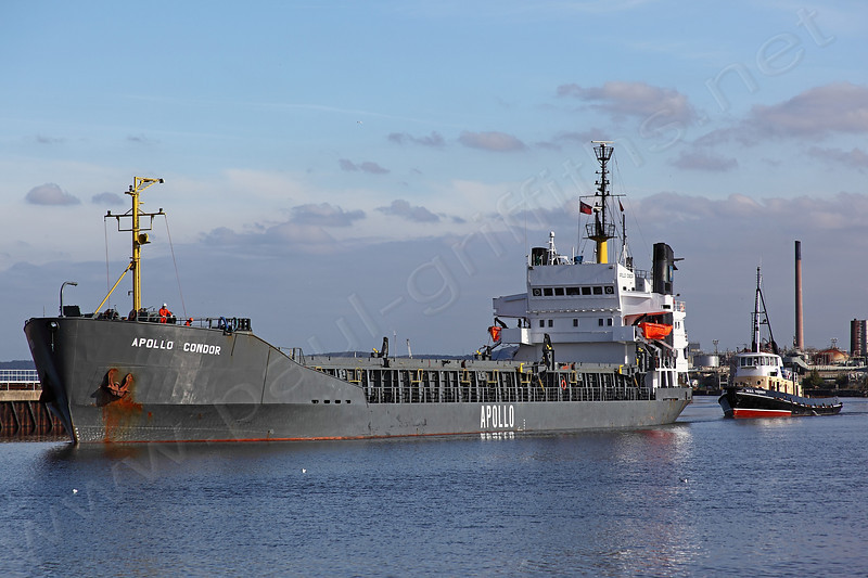 Apollo Condor returning down the Ship Canal with MSC Viceroy following