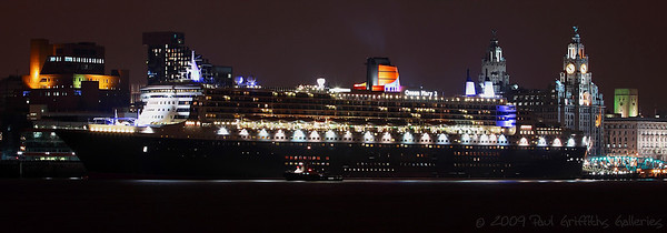 Night shot of the QM2 birthed at Liverpool