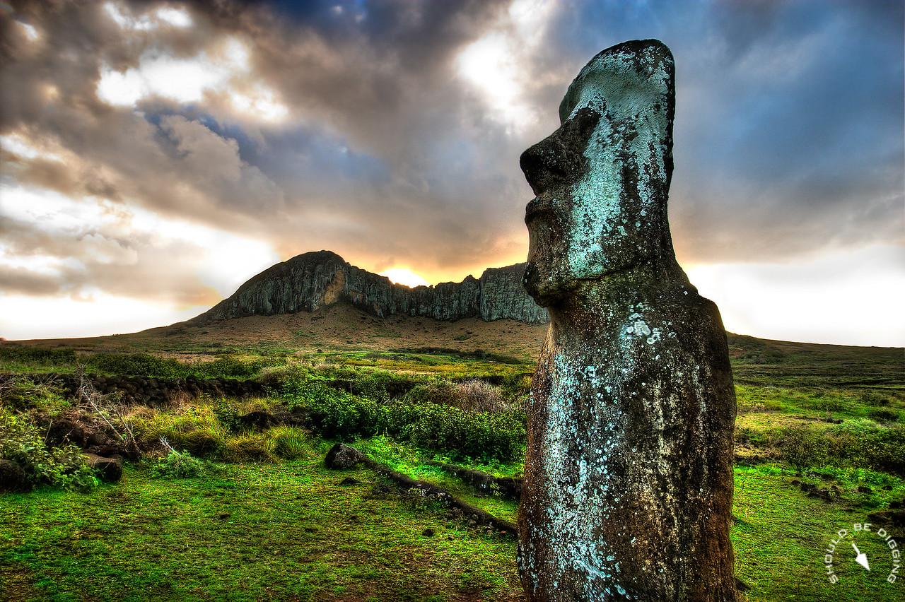The Traveling Moai, Rapa Nui