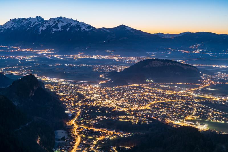 Götzis mit Schweizer Bergen
