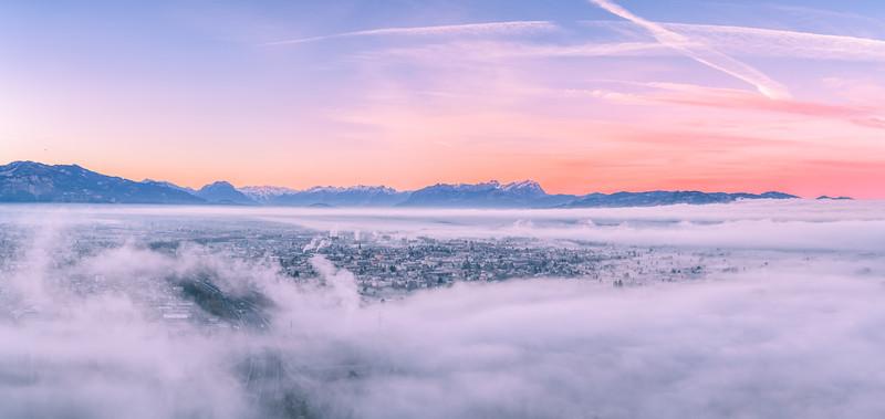 Morgennebel über dem Rheintal (Lauterach) vom Gebhardsberg