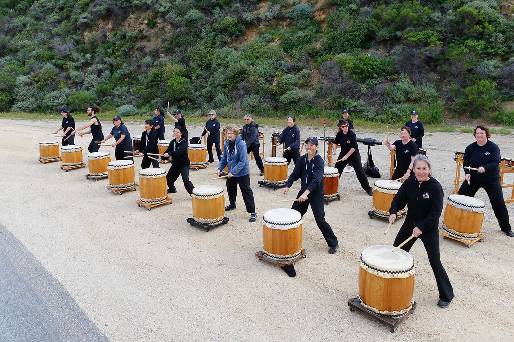. The Watsonville Taiko Drummers perform for marathon runners participating in the 2016 Big Sur International Marathon on Sunday, April 24, 2016 in Big Sur and Carmel, Calif. (Vernon McKnight/Herald Correspondent)