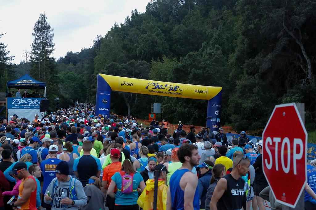 . Runners make their way towards the staring line of the 2016 Big Sur International Marathon on Sunday, April 24, 2016 in Big Sur, Calif. (Vernon McKnight/Herald Correspondent)